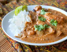 Massaman curry is a Thai dish that is influenced by Indian spices. It can be made with beef, chicken or tofu but I settled on trying the chicken version. I had this dish once at a Thai restaurant in Chicago and I have been dreaming about making it at home for a while. This #recipe turned out to be