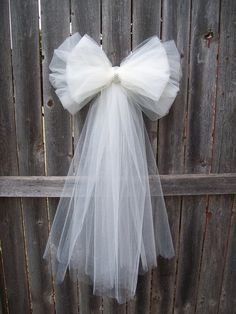 Tulle Pew Bow, Tulle Wedding, Formal Aisle Decor, Quinceanera Decorations, Ivory Pew Bow, White Tulle Pew Bow