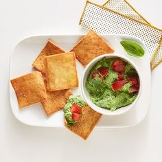 Enjoy a tasty and delicious meal with your loved ones. Learn how to make Basil-Spinach Dip with Pita Chips & see the Smartpoints value of this great recipe. Weight Watchers Snacks, Weight Loss, Ww Recipes, Unique Recipes, Great Recipes, Snack Recipes, Dinner Recipes, Snacks Ideas, Meals