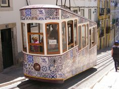 As festas populares também andam nos transportes de Lisboa - Festas de Lisboa 2013