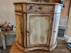 Armoire, Furniture, Home Decor, Clothes Stand, Decoration Home, Closet, Room Decor, Reach In Closet, Home Furnishings