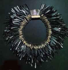 Tone Vigeland feather necklace made of hammered black iron nails. On display in the jewelry rooms at the V and A Museum. Gothic Jewelry, Jewelry Art, Jewelry Accessories, Jewelry Necklaces, Jewelry Design, Fashion Jewelry, Chicos Jewelry, Feather Jewelry, Feather Necklaces