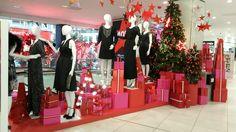 Debenhams, London, Christmas window 2015. #retail #windows #vm #visualmerchandising #Christmas #Xmas #shopping #colour
