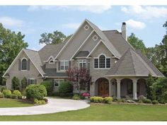 Country+House+Plan+with+5003+Square+Feet+and+5+Bedrooms+from+Dream+Home+Source+|+House+Plan+Code+DHSW66047