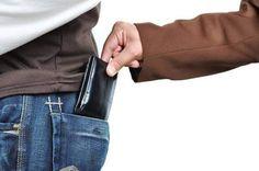 ANAF: Hotii de buzunare vor fi obligati sa aiba case de marcat