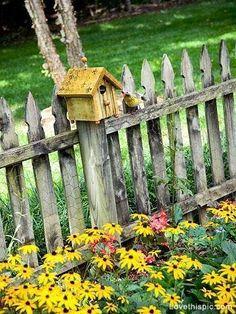 cute bird house for the garden fence Garden Fencing, Garden Art, Garden Ideas, Rustic Gardens, Outdoor Gardens, Cottage Gardens, Country Fences, Rustic Fence, Old Fences