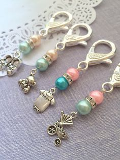 Items similar to Baby Shower, baby event, party, favor. SET of TEN. Wire Jewelry, Beaded Jewelry, Jewelery, Handmade Jewelry, Beaded Bracelets, Paracord Bracelets, Baby Shower Crafts, Shower Baby, Baby Showers