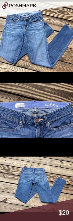 💜Gap 1969 skinny jeans 26/2 💜 ❤️Skinny 1969 jeans by Gap size 26/2 reg all reasonable offers accepted! Love it-make an offer!❤️ GAP Jeans Skinny