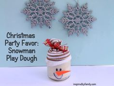 Christmas Party Favor: Snowman Play Dough - baby food jar craft--this would make cute stocking stuffers, gifts for children you know, birthday or party favors. Adorable! #Christmas #thanksgiving #Holiday #quote