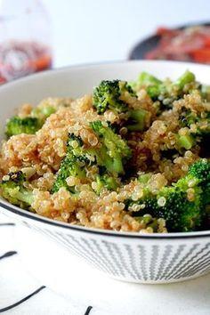 Este salteado de quinoa y brócoli es perfecto, sano y super rapido de hacer..