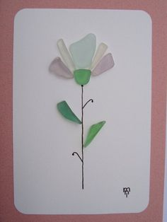 Read the article details carefully. Sea Glass Card OOAK Lilac Flower, in white. It is handmade in mosaic technique with genuine multicolor sea glass, collected by me personally on the beaches of the Tyrrhenian Sea, in Lazio, Italy. The greeting card is complete with a custom white