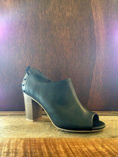 Picture It BC Footwear Peep Toe Mule | Maude $75 @bcfootwear #shopmaude