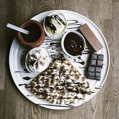 Feel like Choco Food Pictures, Yum Yum, Cravings, Brunch, Sweets, Fruit, Breakfast, Instagram Posts, Photography