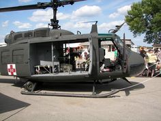 huey to by - Yahoo Image Search Results Helicopter Plane, Military Helicopter, Military Aircraft, Military Humor, Military Personnel, Grand Forks Afb, Combat Medic, United States Army, Train Car