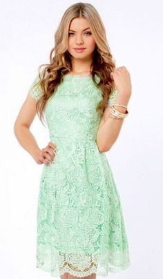 This dress tho! Mint Green Lace ♡
