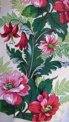 Vintage 1950's floral barkcloth
