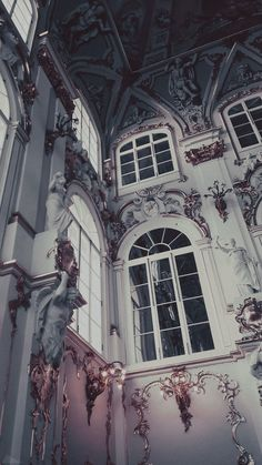Making it in This Big World Aesthetic Pastel Wallpaper, Aesthetic Backgrounds, Aesthetic Wallpapers, Architecture Baroque, Beautiful Architecture, Ancient Architecture, Drawing Architecture, Architecture Panel, Architecture Portfolio