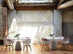 Interior Innovation Award 2015 per MDF Italia Interior Design Website, Interior Design Inspiration, Cafe Style, Commercial Furniture, Interior Walls, Cool Walls, Minimalist Design, Wall Design, Dining Table