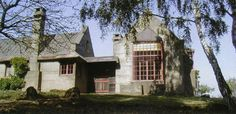 Bernard Maybeck's House - built of cast concrete - late work Movement Architecture, Historical Architecture, Arts And Crafts House, Home Crafts, Meridian Hotel, Arch Interior, House Built, Arts And Crafts Movement, Built Environment