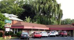 Falls Motel Niagara Falls Only 2 miles from the famous Niagara Falls, this family-owned and operated motel in New York offers friendly, personalized services and comfortable guestrooms in a quiet location.