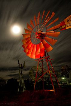 Bad moon rising ? ©Hendrik Groenewald  Loeriesfontein, Wind mill museum, Northern Cape, South Africa