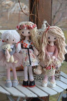 Lisa Dolls Lisa, Teddy Bear, Dolls, Handmade, Animals, Baby Dolls, Hand Made, Animales, Animaux