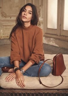 for the French fashion style that everyone should know - outfit ideas . - Modetrends -Tips for the French fashion style that everyone should know - outfit ideas . French Fashion, Look Fashion, Fashion Beauty, Girl Fashion, Autumn Fashion, Womens Fashion, Minimalist Fashion French, Cool Fashion Style, Fashion Style Women
