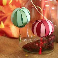 Résultat : Chinese New Year, Lanterns, Origami, Christmas Bulbs, Animation, Holiday Decor, Occupation, Art Floral, Home Decor