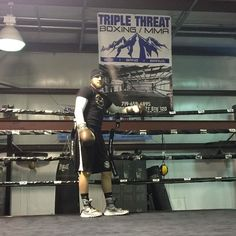 Our boy @sammyvasquezjr repping #triplethreatgym we are so honored to have you as part of the family Sammy. Stay tuned for more updates on Sammy's next fight! #boxing #boxer #sammyvasquezjr #teamvasquez #professionalathlete #proboxer #champion #premierboxingchampions