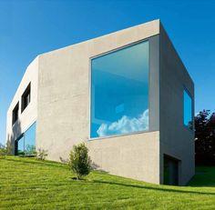 Villa Dind by Link Architectes