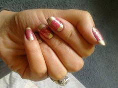 Using CHEEKY NAIL PLATE, Pink & Gold Bollywood Nails. Now how cool is that?!