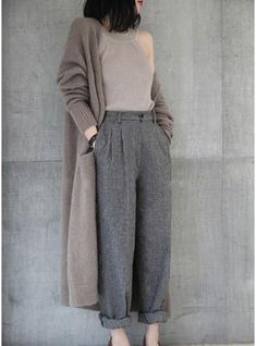 Casual Outfits for women,Casual Outfits for work,Casual Outfits for moms 80s Fashion, Modest Fashion, Look Fashion, Hijab Fashion, Korean Fashion, Fashion Outfits, Women's Office Fashion, Berlin Fashion, Muslim Fashion