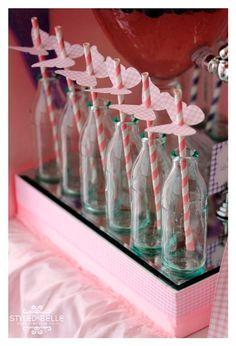 Bonitas ideas para tu próxima fiesta de Flores y Mariposas. Consigue todo para tu fiesta en nuestra tienda en línea entrando aquí: http://www.siemprefiesta.com/fiestas-infantiles/ninas/articulos-mariposas-y-flores.html?utm_source=Pinterest&utm_medium=Pin&utm_campaign=Mariposas