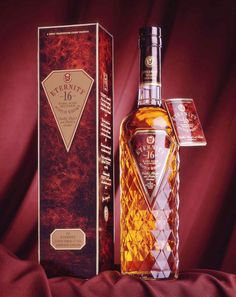 Eternity 16 years old whisky. Memento Linea