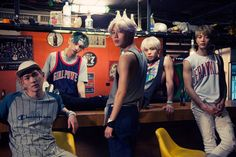 SHINee's Jonghyun Reveals What SHINee Has in Store for Noona Fans ⋆ The latest kpop news and music Shinee Odd, Onew Jonghyun, Lee Taemin, Shinee Concert, Kyungsoo, Shinee View, Korean K Pop, Korean Style, Asian Style