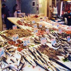 A fish market in Naples? Always a good idea! #InvisiblePlaces  _____________________________  #Naples #fish #market #food #amazing #scent #travel #world #enjoy #happiness #passion #love #instagood #places #ideas #magic