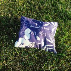 Notre test du mois: la NUOO box Exfoliant, Facial Tissue, Magazine, Beauty, Beauty Essentials, Foot Cream, Clean Face, Organic Beauty, Magazines