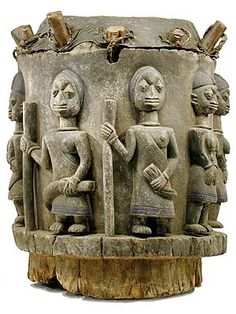 Yoruba: One of the Largest African Ethnic Groups South of the Sahara Desert Afrique Art, African Drum, Art Tribal, African Sculptures, Art Premier, Art Carved, Afro Art, African Masks, African Design