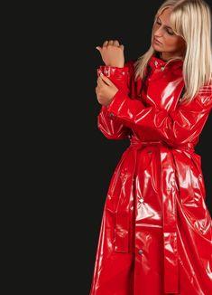Red Raincoat, Raincoat Outfit, Vinyl Raincoat, Hooded Raincoat, Plastic Raincoat, Imper Pvc, Red Trench Coat, Green Coat, Rouge