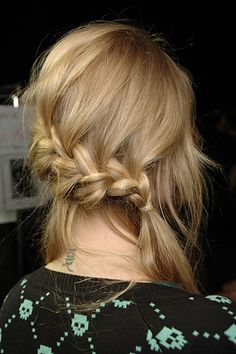 just did this last night and it's super cute even with my thin hair. awesome to sleep in and wake up with cute waves the next day.