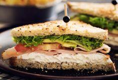 ¿No sabes qué prepararle a tus hijos de desayuno? ¡Intenta con nuestra receta de sandwich de pavo hecho con Philadelphia para un desayuno rico y saludable!