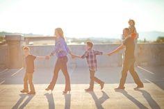 Идеи для семейной фотосессии – 40 фотографий