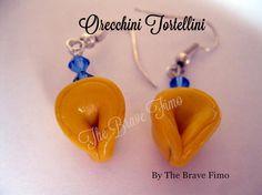 orecchini pendenti con tortellini in fimo Sono Totalmente realizzati a mano Senza stampi e lucidati con apposita vernice Costo: 7euro
