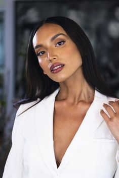 The perfect worktime makeup look is created with neutral shades and one enhanced feature. Here, you see this tip lived out with a neutral contoured eye and a bold lip! Nude Lipstick, Lipstick Shades, Makeup Set, Makeup Looks, Bold Lips, Neutral, Envy, Make Up Looks