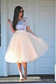 Cream of The Cream Printed Tee and Cream Tulle Skirt