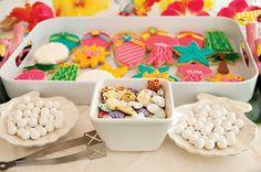 Bright & Cheerful Island Style Luau Party