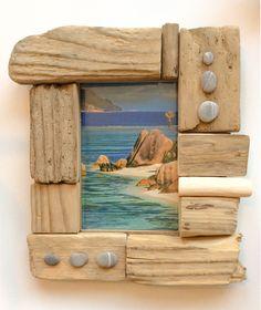 Cadre-photo en bois flotté par l'Atelier de Corinne : Décorations murales par atelier-de-corinne