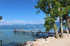 Campings Gardameer - Vind de beste camping en prijs voor je vakantie Boek je op CampingScanner.nl Lake Garda, Camping, Beach, Water, Outdoor, Travel, Campsite, Water Water, Outdoors