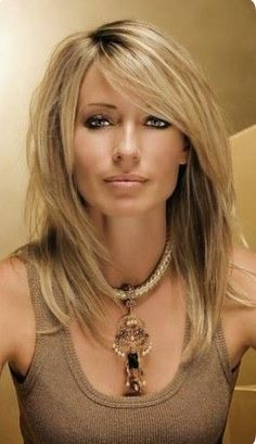 22 Popular Medium Hairstyles for Women 2017 Shoulder Length Hair Ideas Shoulder Lenght Hair Hair hairstyles ideas length medium Popular shoulder women Medium Hair Cuts, Long Hair Cuts, Pelo Popular, Hair Color And Cut, Great Hair, Pretty Hairstyles, Hairstyle Ideas, Black Hairstyles, Layered Haircuts For Medium Hair