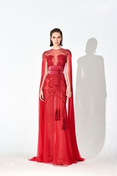 Murad pre-fall 2019 A red lace floor-length gown from the Zuhair Murad pre-fall 2019 collection.A red lace floor-length gown from the Zuhair Murad pre-fall 2019 collection. Red Fashion, Couture Fashion, Runway Fashion, Fashion Show, Fashion Beauty, Trendy Dresses, Nice Dresses, Fashion Dresses, Belle Silhouette
